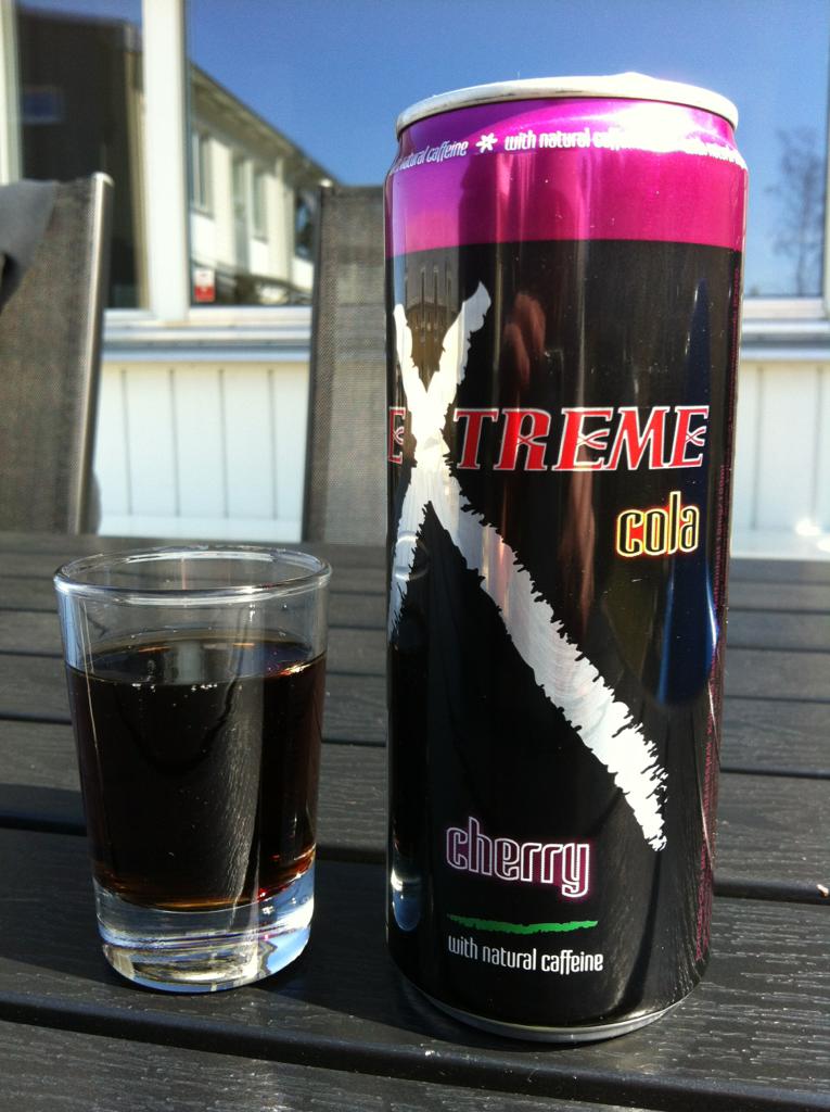 Extreme Cola Cherry