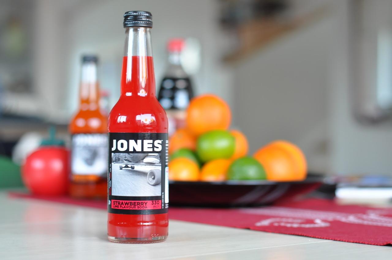 Jones Strawberry Lime Flavour Soda