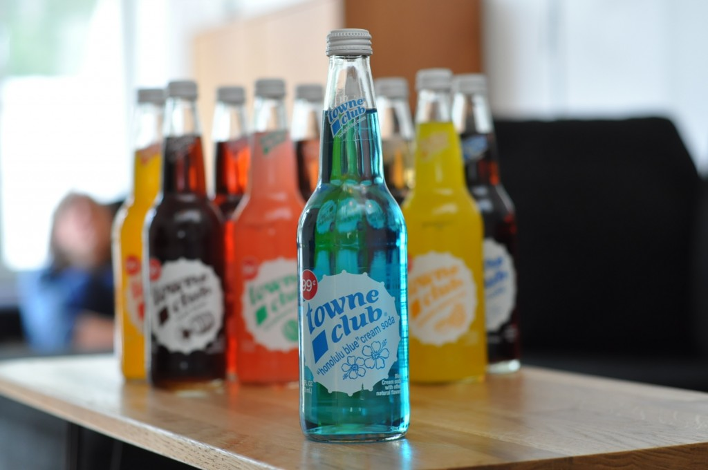 Towne Club Honolulu Blue Cream Soda