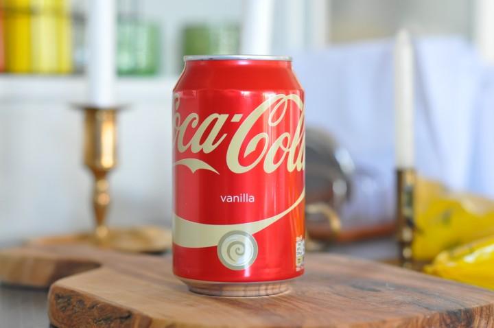 Ny design på burken till Coca Cola Vanilla