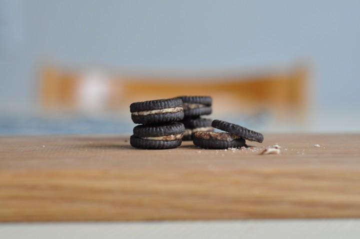 Oreokakor på ett bord